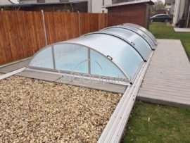 Obklad bazénu z dřevoplastu