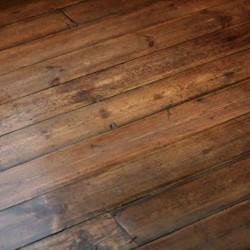 Dřevěné plovoucí
