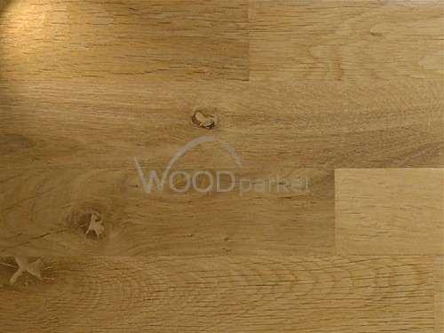 Dub Country 21x70x400 mm Masivní klasické dubové parketové vlysy, vhodné pro sestavení různých vzorů.