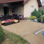 kamínkový koberec na terase